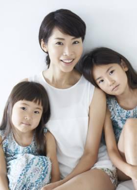 白倉ファミリー - Shirakura Family   model agency friday